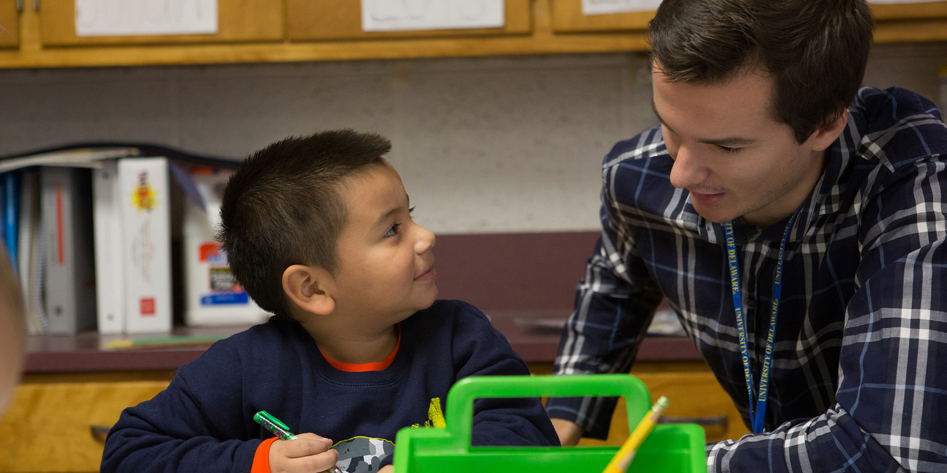 UD student mentors a child